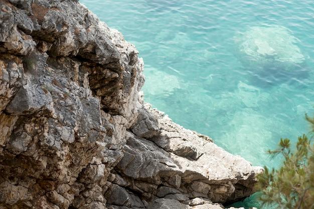 モンテネグロの海の美しい景色