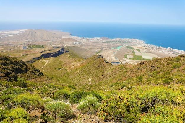テネリフェ島の南海岸の美しい景色