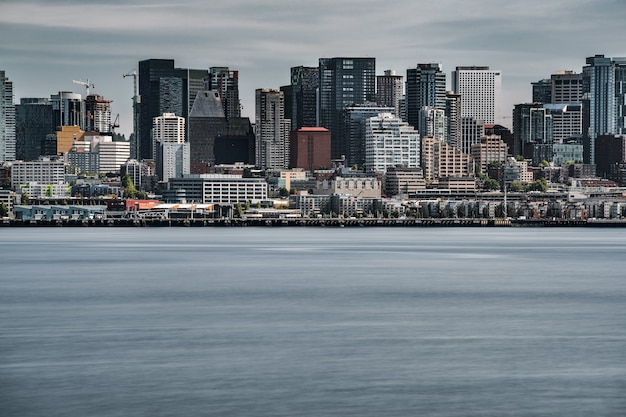 Bella vista di seattle in una giornata uggiosa