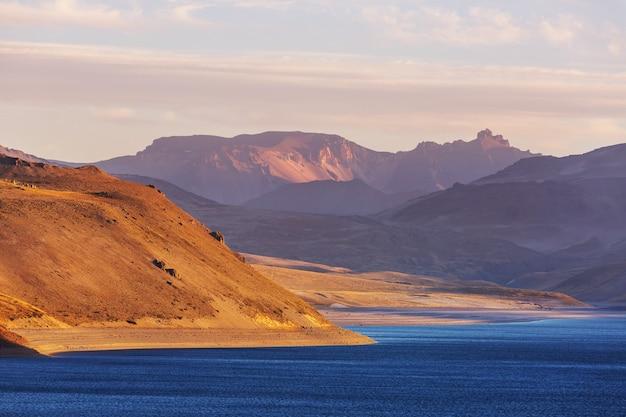 南米チリの美しい火山の風景