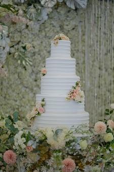 아름다운 웨딩 케이크, 화이트 케이크 웨딩 장식