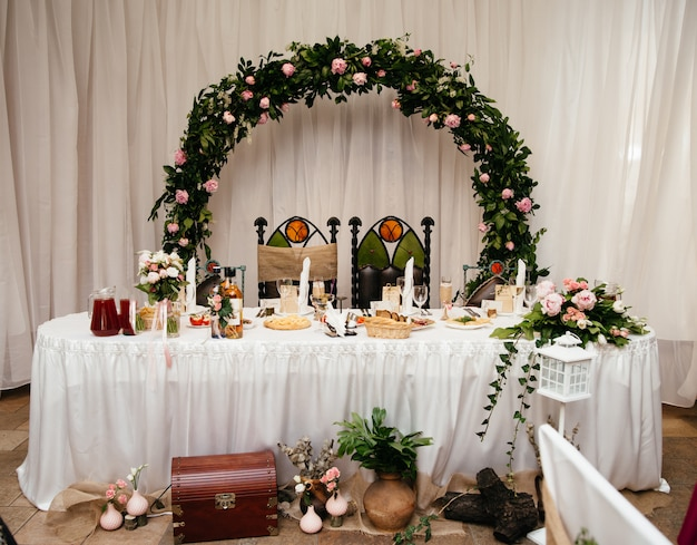 Beautiful wedding decorations for a celebratory table.