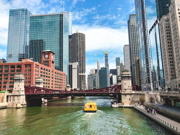 Beautiful wide shot of the chicago river with amazing modern architecture
