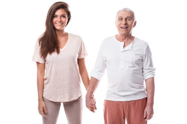 美しい女性と彼女の長老の父