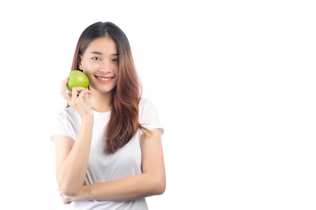 Красивая женщина азия с счастливой улыбкой