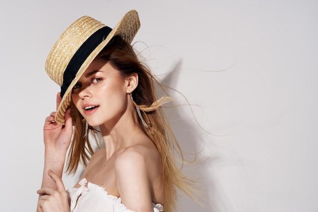 美女グラマーデコレーション高級化粧品笑顔モデル。