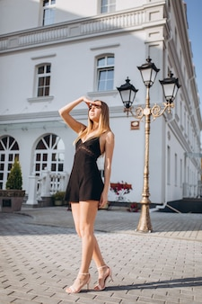 Beautiful woman natural face blond hair casual female outdoor portrait lifestyle beauty girl