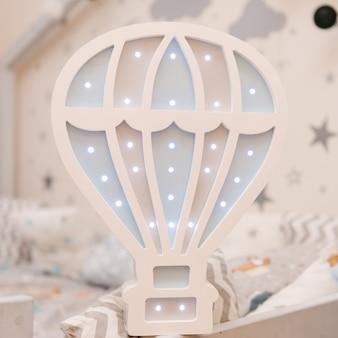 Красивый деревянный экологически чистый ночной светильник со светодиодными лампочками в форме шарика, декор детской комнаты