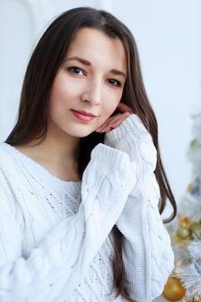 아름 다운 젊은 아시아 여자 클로즈업 초상화