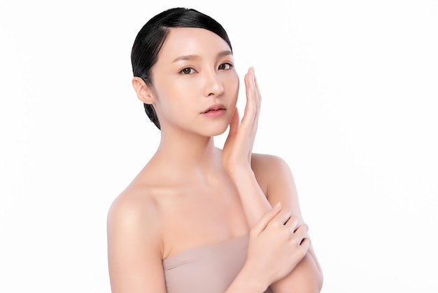 Beautiful young asian woman with clean fresh skin, face care, facial treatment. cosmetology, beauty and spa.