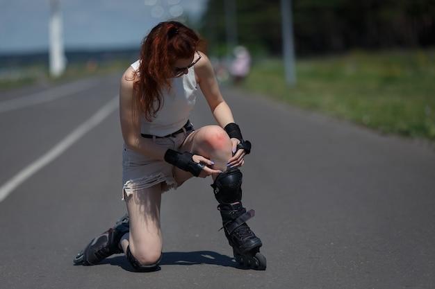 美しい少女ローラースケート