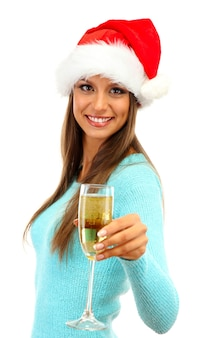 Красивая молодая женщина с бокалом шампанского, изолированные на белом фоне