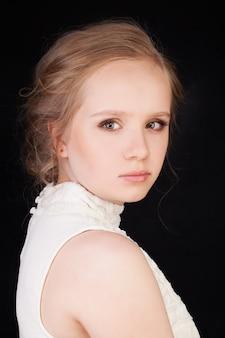 아름 다운 젊은 여자. 젊음과 아름다움
