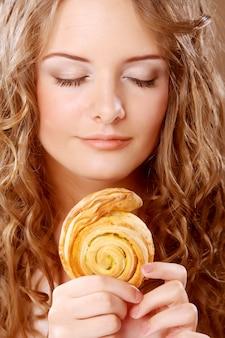 Девушка красотки печенья