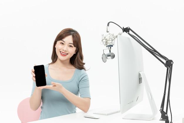 Красота мобильный телефон веб-трансляция дисплей мобильный телефон