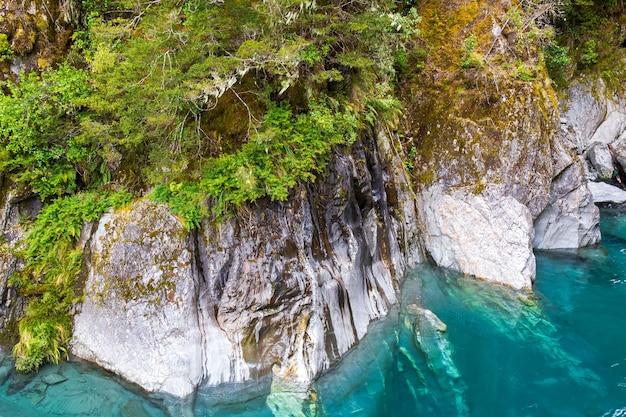 Красота южного острова портрет голубого бассейна новая зеландия