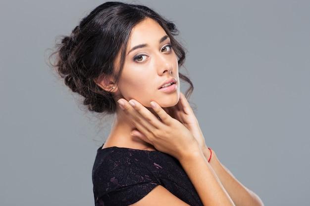 Красота портрет привлекательной женщины