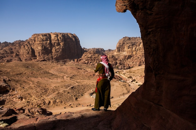Beauty of rocks and ancient architecture in petra, jordan. ancient temple in petra