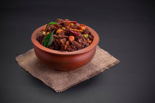 ビーフローストまたはpothuulartheyaduケララの特別料理