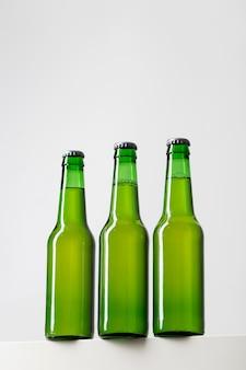 Collezione di bottiglie di birra