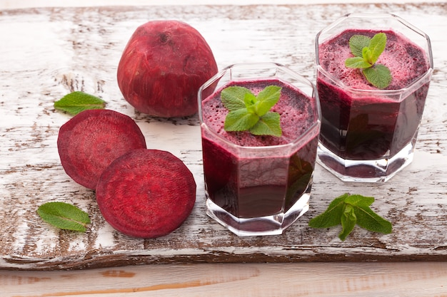 Beet juices and vegetables