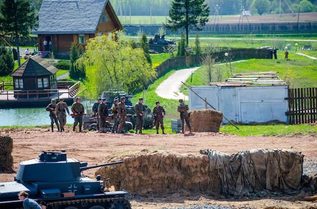 Беларусь, минск - май 07/2016: в историко-культурном центре «линия сталина» организаторы провели мероприятия, посвященные дню победы 9 мая.
