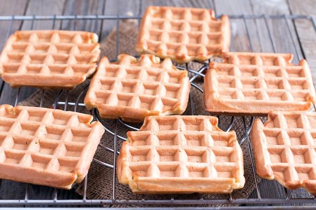 Бельгийские вафли на решетках