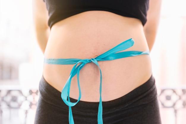 Pancia della donna incinta
