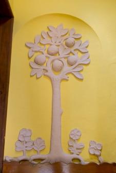 壁に彫られた木の壁画、belmond casa de sierra nevadaホテル、san miguel de allende、グアナ