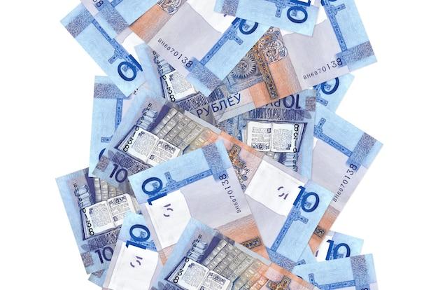 Белорусские рубли купюры летят изолированные