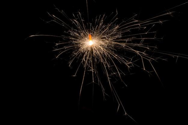 ベンガル線香花火の輝きの火花