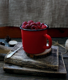 Berry raspberry red mug tree rustic