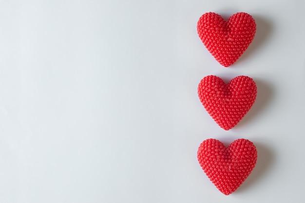 Текстурированные сердечки берри на день святого валентина