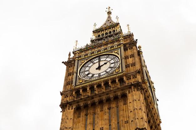 Биг бен в лондоне