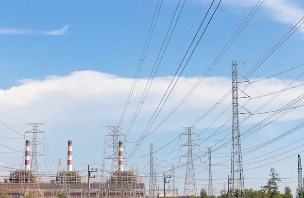 Большая электростанция с чистым небом