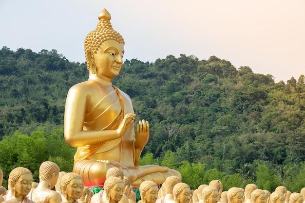 Big golden buddha statue