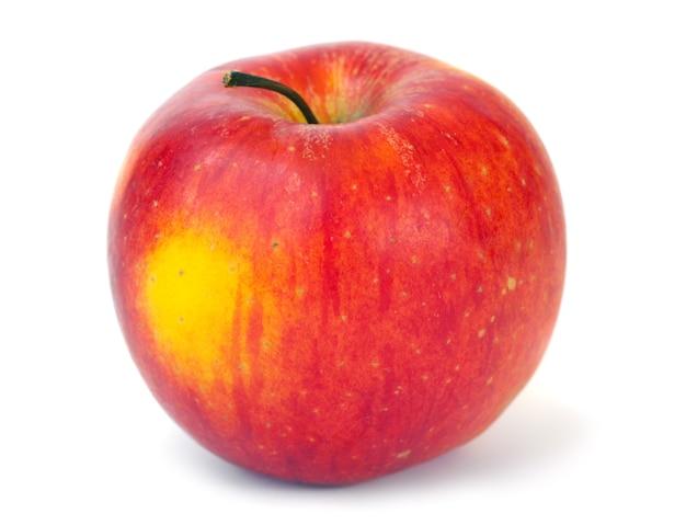 大きな赤-白い背景で隔離の黄色のおいしいリンゴ
