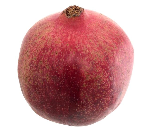 ビッグライプレッドグラネットまたはガーネット。白い背景の上の赤い熟したザクロの果実。ベジタリアンコンセプト、有機ビタミン、デトックス、ダイエット。