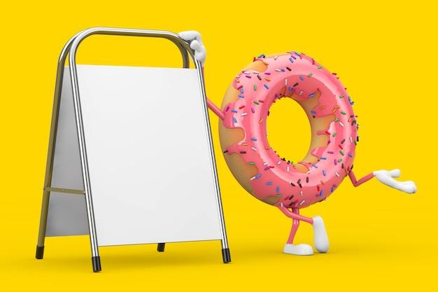 黄色の背景に白い空白の広告プロモーションスタンドと大きなストロベリーピンクの艶をかけられたドーナツのキャラクターのマスコット。 3dレンダリング