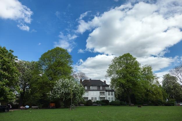 독일 함부르크의 크고 하얀 집
