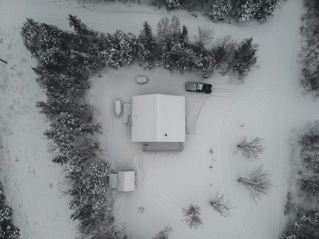 Foto di vista a volo d'uccello della casa