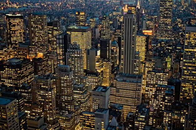 Снимок нью-йоркского манхэттена с высоты птичьего полета в сша