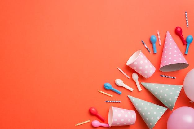 Angolo di elementi di compleanno