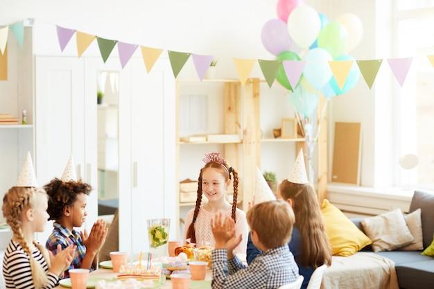 子供のための誕生日パーティー