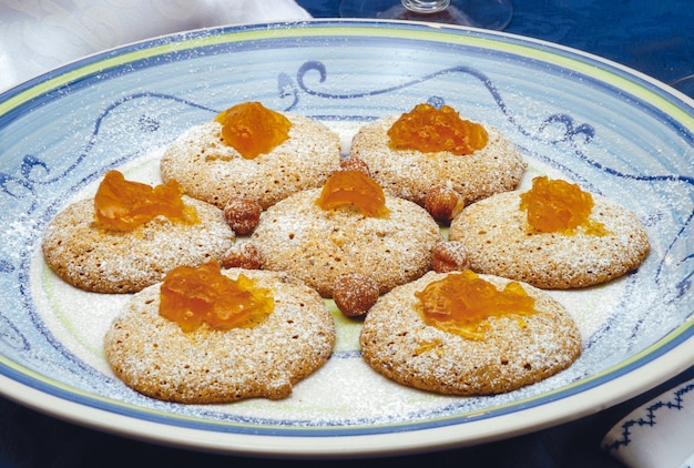 Biscuits with walnuts and hazelnuts