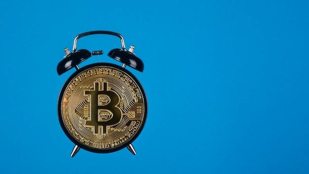 Bitcoin as an alarm clock