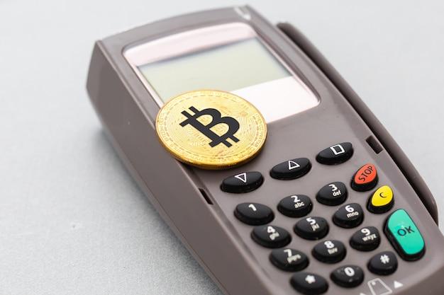 ビットコイン、クレジットカード、pos端末
