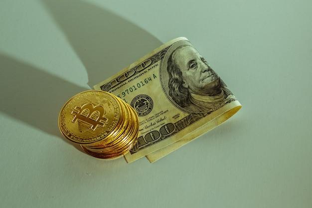 Биткойн держит доллар сша. концепция преимущества фондового рынка.