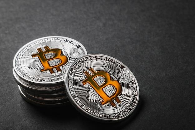 Биткойн - самая популярная криптовалюта в мире.