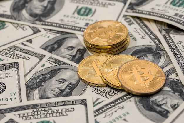 ビットコイン対米ドル紙幣